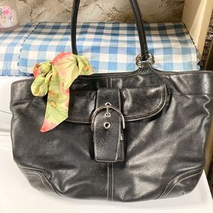 XL Vintage Coach buckle flap black leather bag